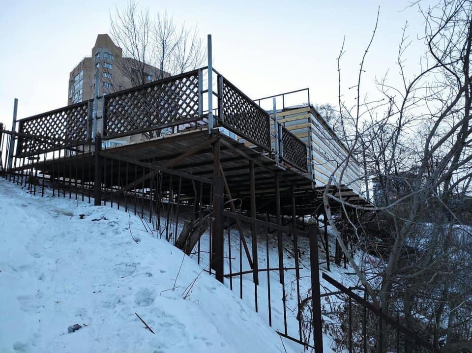 В Тамбове демонтируют незаконную постройку на Набережной