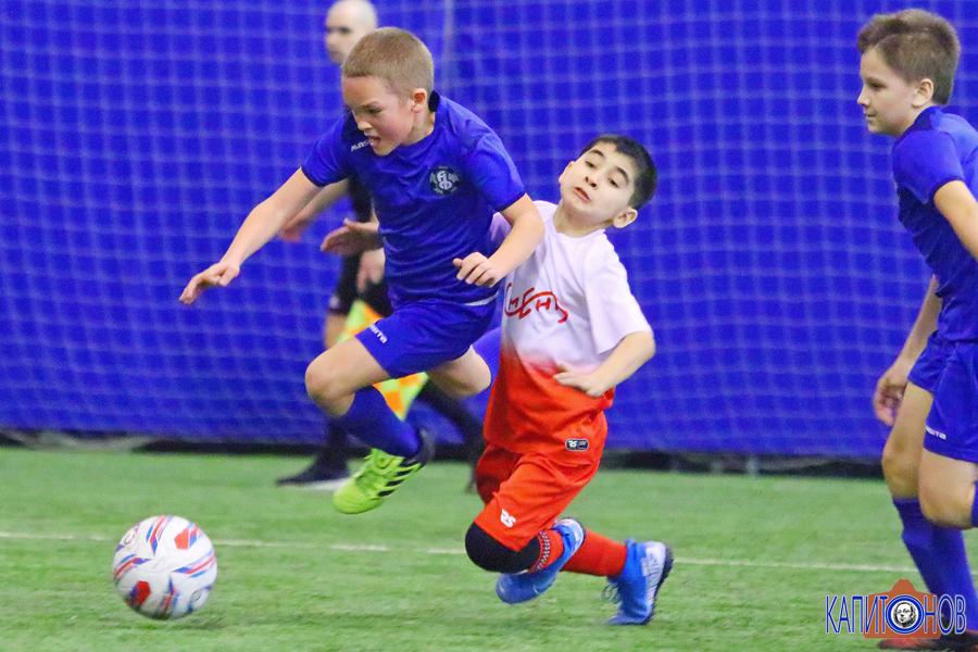 В Тамбове определились полуфиналисты межрегионального турнира по футболу