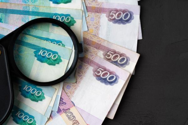 В Уваровском районе пенсионерка пыталась дать взятку полицейскому