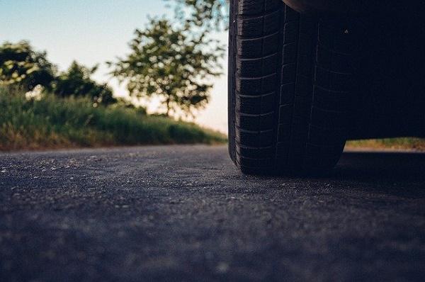 Жители Мичуринска пять лет просят отремонтировать дорогу