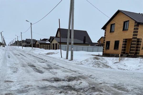 Жители микрорайона Солнечный живут в ледяном плену и надеются на присоединение к Тамбову