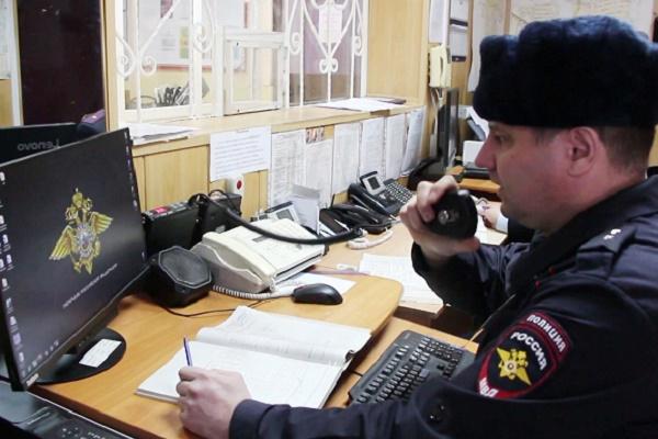 23-летнего жителя Первомайского района обвиняют в совершении трех фактов мошенничества