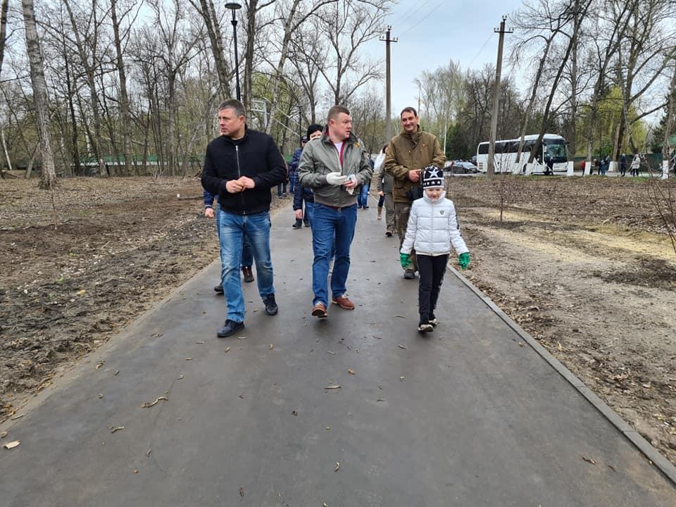 Александр Никитин принял участие во Всероссийском субботнике