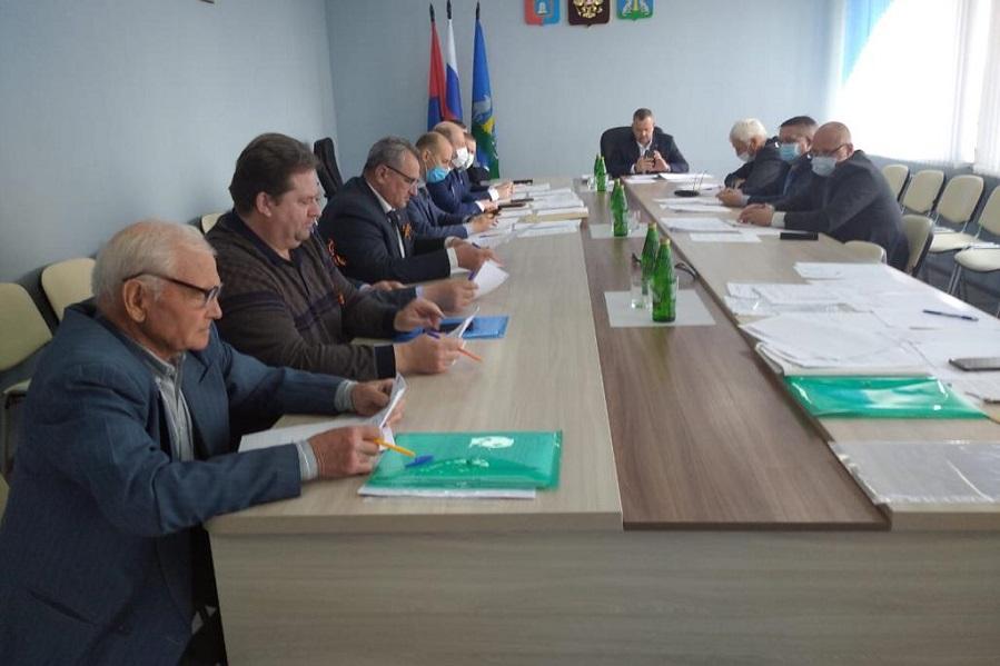 Главой Инжавинского района вновь избран Геннадий Селезнев