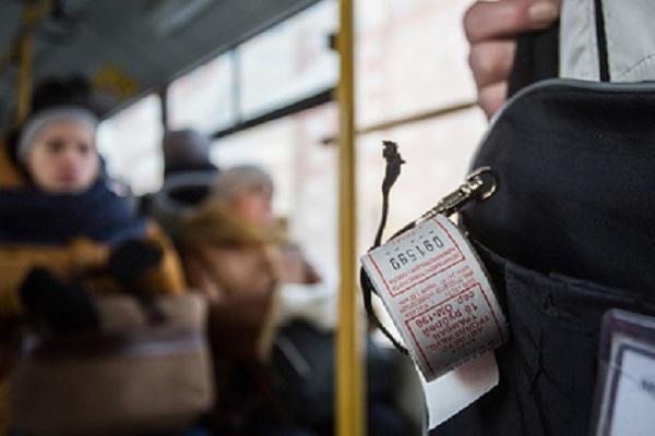 Госдума ввела штрафы за высадку детей-безбилетников из транспорта