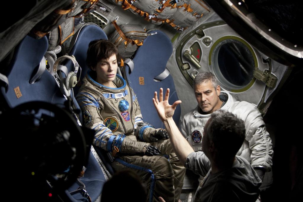 Космическое кино от «Блокнот Тамбов»: пытаемся выжить в космосе с Клуни и Буллок