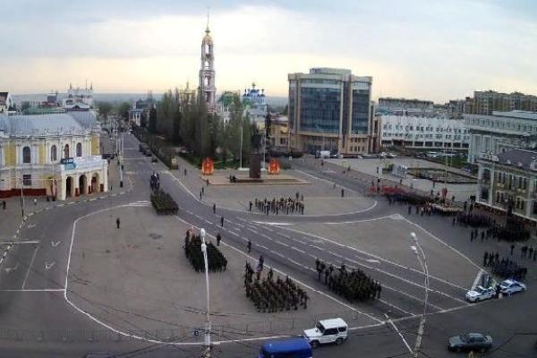 На площади Ленина прошла первая репетиция парада Победы