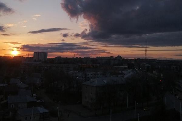 Ночной обзор: годовщина полёта Гагарина, первая волна комаров, маркировка биодобавок