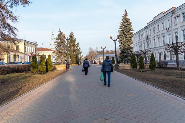 Обзор за неделю: запрет попрошайничества, убыль населения в Тамбовской области, летние авиарейсы на курорты