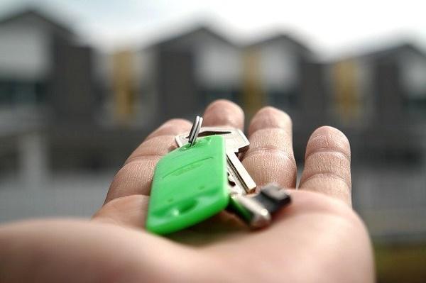 Почти треть получивших ипотеку россиян отказываются от нее