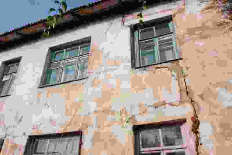 Шесть аварийных домов в центре Тамбова снесут