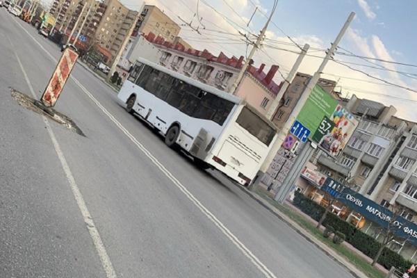 Тамбовчане жалуются на технологические вырезки на дорогах