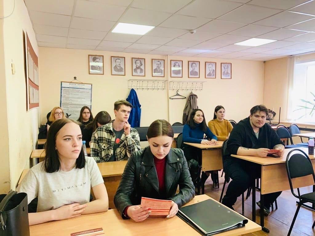 Тамбовский филиал РАНХиГС провел день открытых дверей в техникуме экономики и предпринимательства