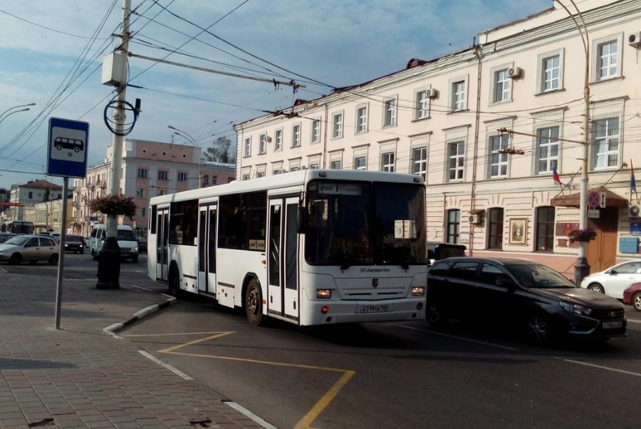 Тамбовским чиновникам сократят поездки на служебном транспорте в выходные