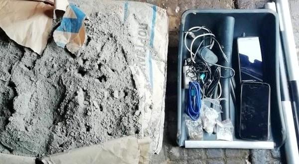 В исправительную колонию пытались пронести наркотики в мешке с цементом