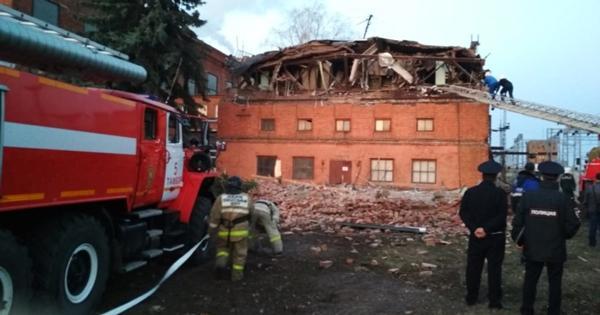 ВТамбове обрушилась крыша иверхний этаж административного здания ТЭЦ. Есть пострадавшие