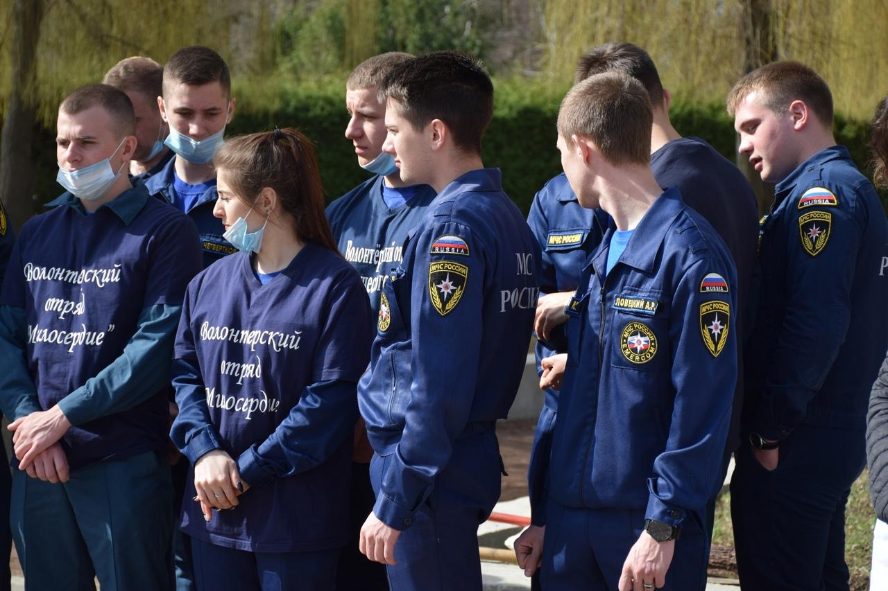 В Тамбове приступили к уборке воинских захоронений