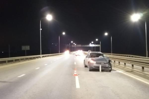 В Тамбовской области парень погиб после прыжка под колёса иномарки