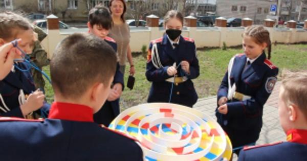 ВТамбовской области полицейские провели патриотическую акцию длядетей набазе Казачьей кадетской школы-интерната