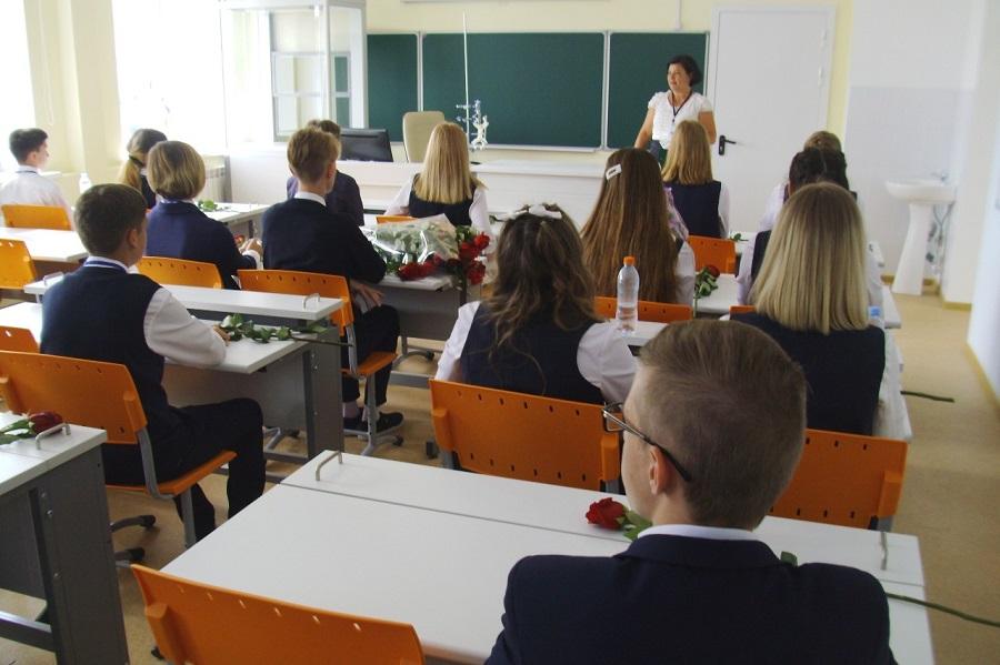 """В трёх школах Тамбовской области ждут """"Земских учителей"""""""
