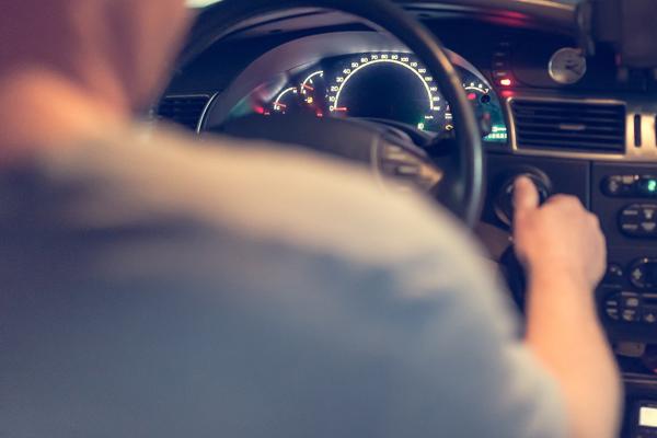 Водителей будут проверять на хронический алкоголизм и наркоманию