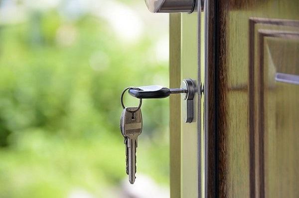 Правительство упростило регистрацию по месту жительства и пребывания