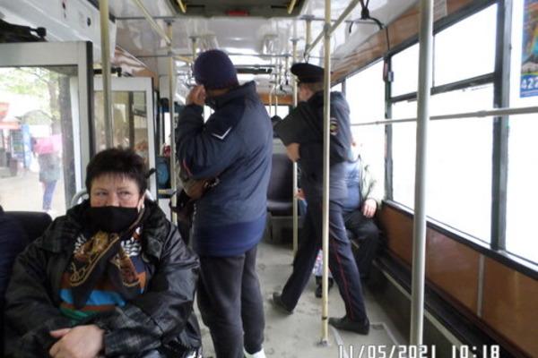 Сотрудники полиции проводят профилактические рейды в тамбовских автобусах