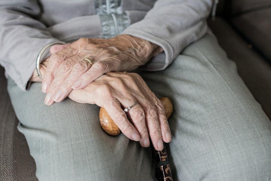 Тамбовским частным клиникам оплатят уход за пожилыми людьми