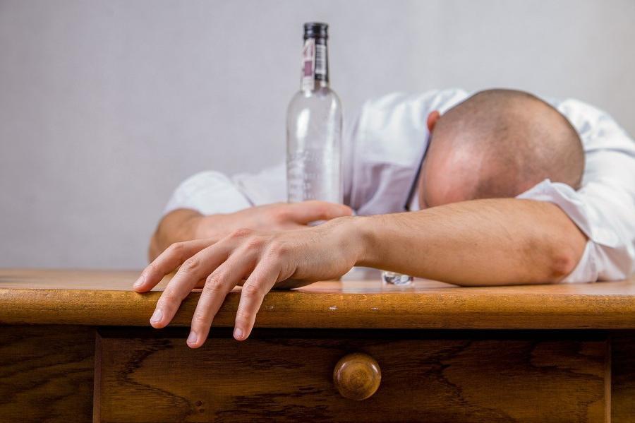 В Бондарском районе сын-алкоголик обокрал мать