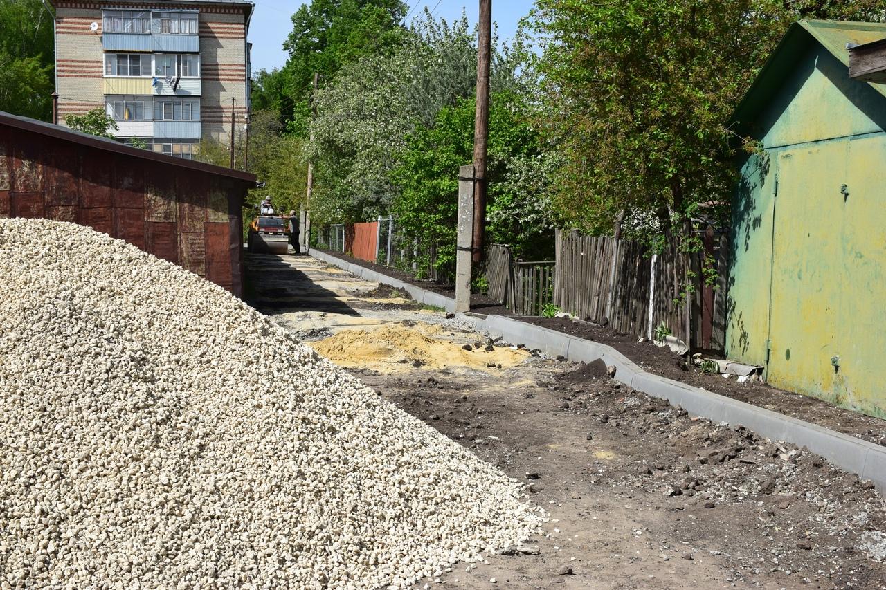 В Тамбове благоустраивают дворы на улице Эскадронной