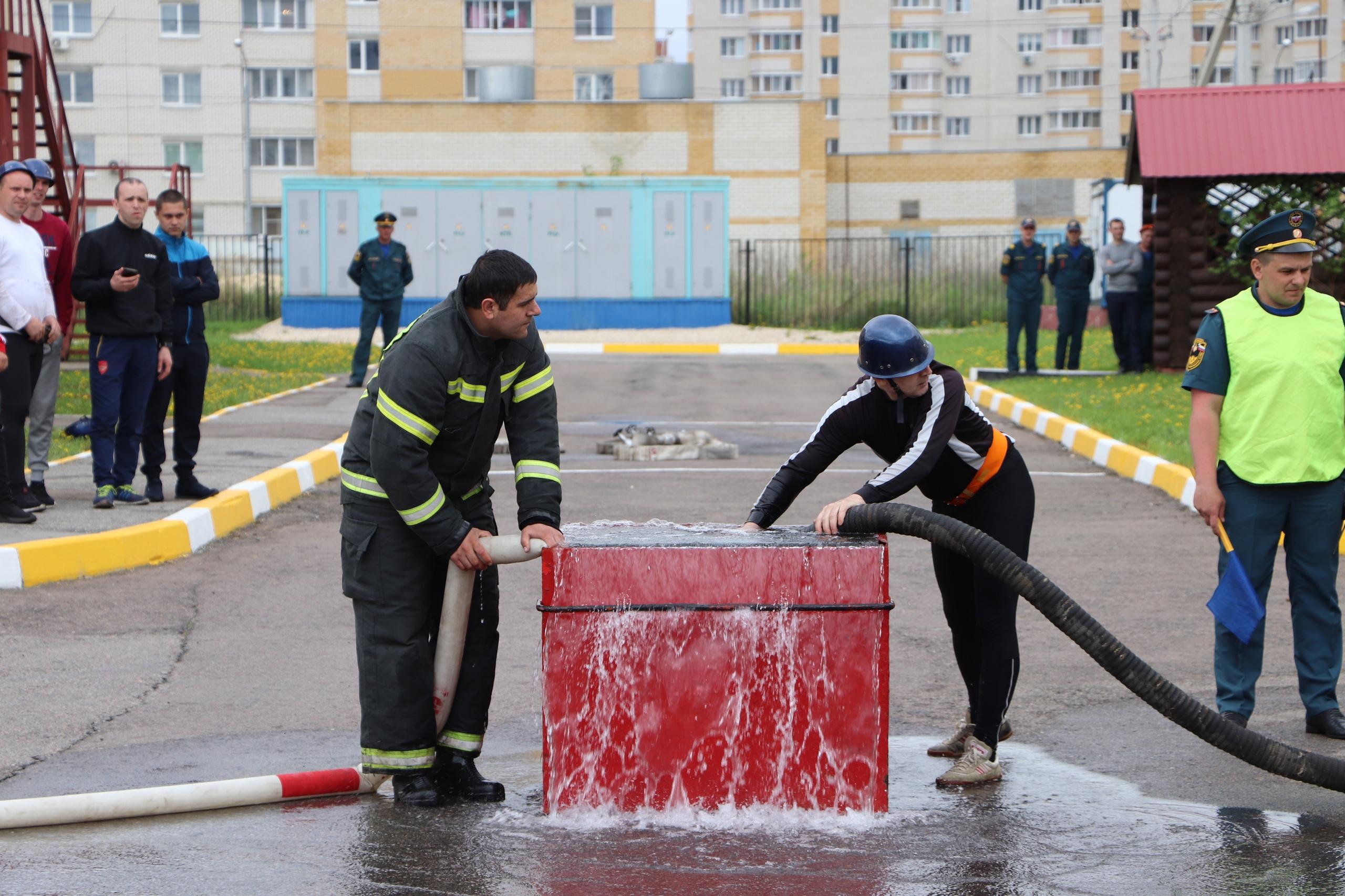 В Тамбове определились самые меткие пожарные