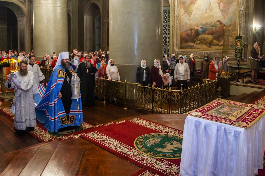 В Тамбове прошло Пасхальное богослужение