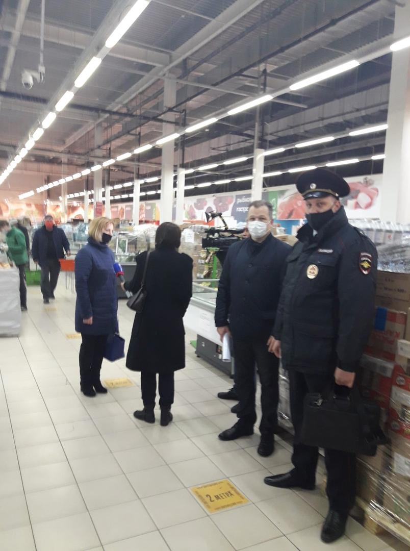 """В Тамбове проверили соблюдение """"масочного"""" режима"""