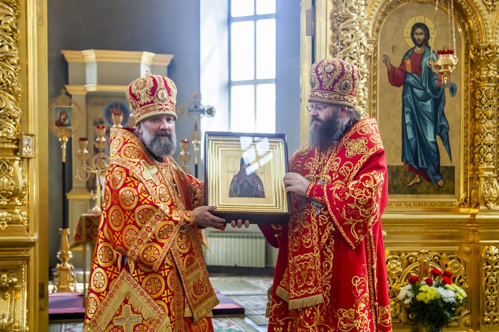 В Тамбове встретили Казанскую Вышенскую икону Божией Матери