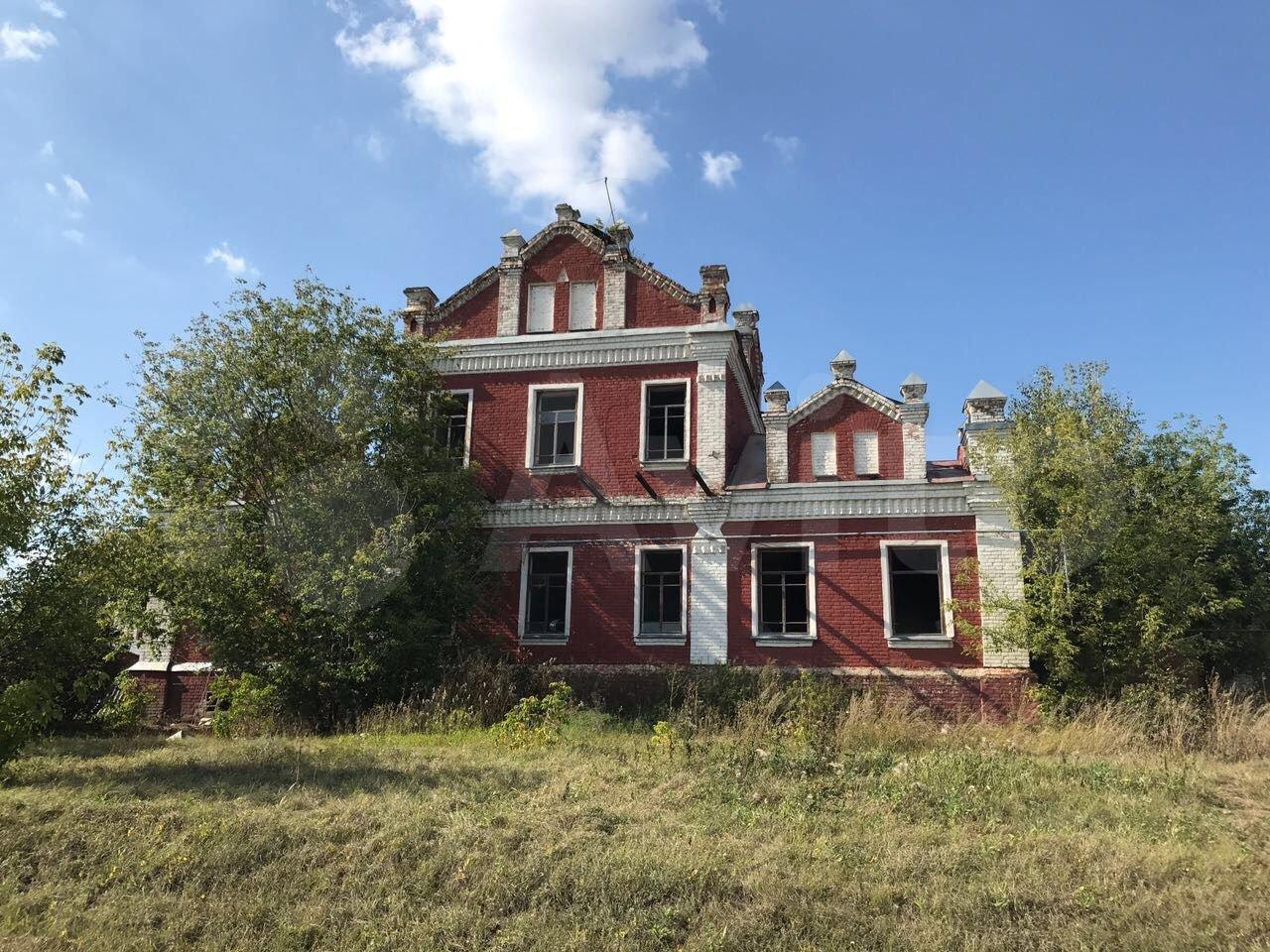 В Тамбовской области продают дворянскую усадьбу середины XIX века