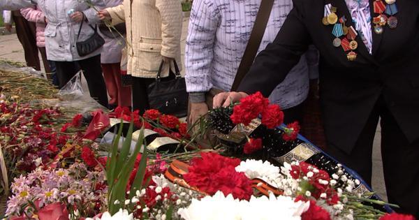 Ветераны изПятигорска приехали вКалининград, чтобы возложить цветы кмемориалу 1200 воинам-гвардейцам