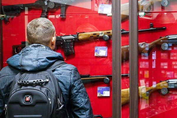 Возраст для владения оружием хотят повысить