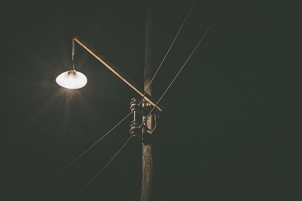 Жители Кирсанова просят решить проблему с уличным освещением