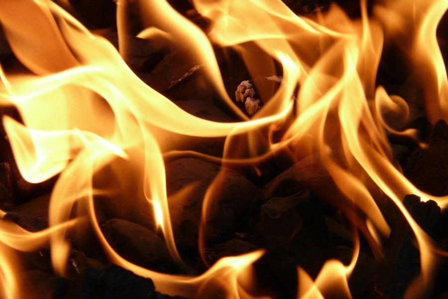 Жителям Тамбовской области напомнили о правилах пожарной безопасности