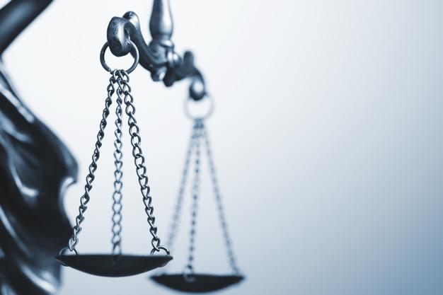 Двоих заключённых, уже отбывающих наказание в колонии, осудили за взятку
