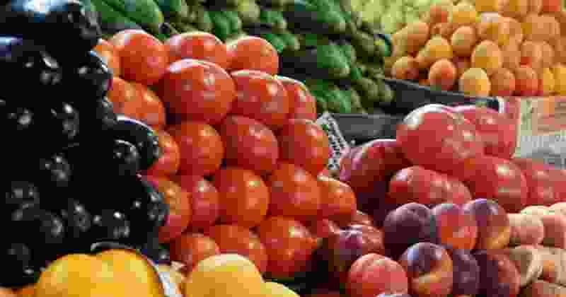 Мичуринцы просят власти убрать рынок с Привокзальной площади