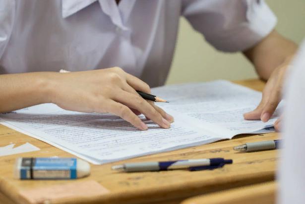 Первые экзамены основного периода ЕГЭ прошли в штатном режиме