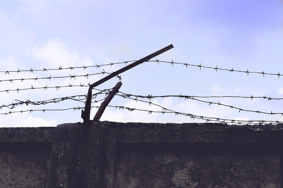 Подозреваемому в совращении школьниц мичуринскому фотографу избрана мера пресечения