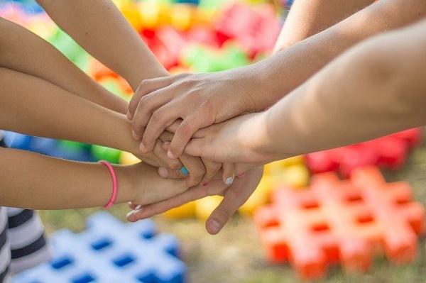 Правительство выделит еще 4,5 млрд рублей на кэшбэк на детские путевки