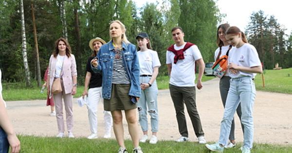 Российские школьники показали спектакль-фантазию кднюрождения Пушкина