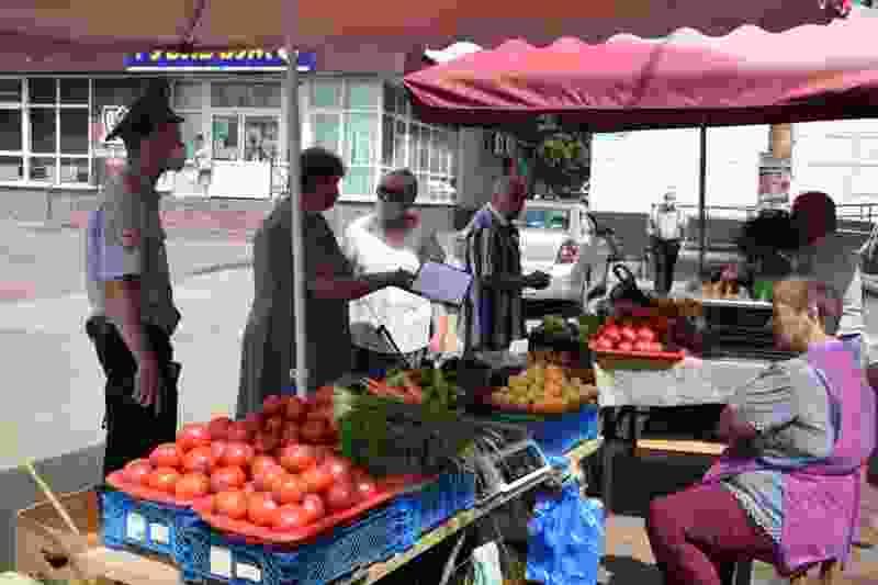 Тамбовчане против закрытия мини-рынка на юге города