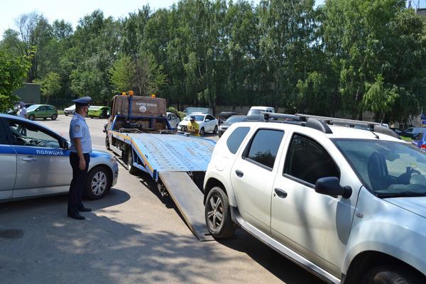 Тамбовчанин накопил долги по штрафам ГИБДД на полмиллиона рублей и лишился машины