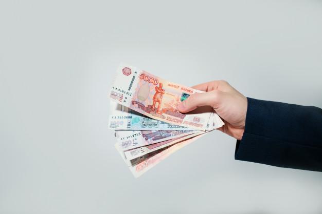 Тамбовчанин выплатил троим пострадавшим в ДТП более миллиона рублей