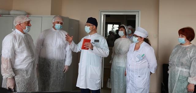 Тамбовские врачи получили высокую оценку столичных коллег за раннюю реабилитацию пациентов