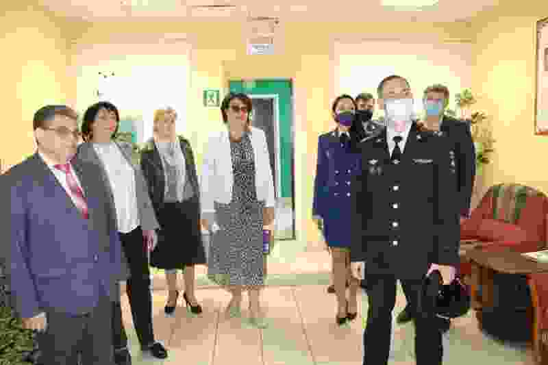 В День защиты детей Уполномоченный посетил Центр временного содержания несовершеннолетних правонарушителей УМВД области